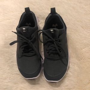 Women's Under Armour Shoes 8.5